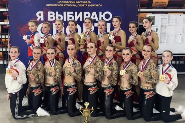 "Gubkin University teams ""Scarlet Roses"" and ""Step Dance"" became Russian champions and prize-winners"